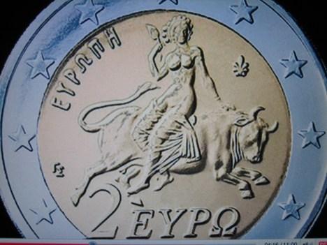 A €2 coin featuring Europa.