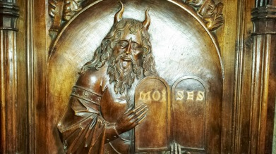Moses with horns at the Cathedral of San Salvador de Oviedo.